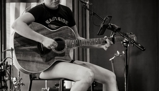 Post image Top 5 Famous Guitarists Nita Strauss - Top 5 Famous Guitarists