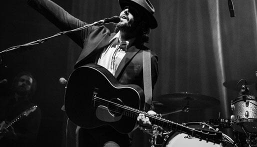 Post image Top 5 Famous Guitarists Robert Johnson - Top 5 Famous Guitarists
